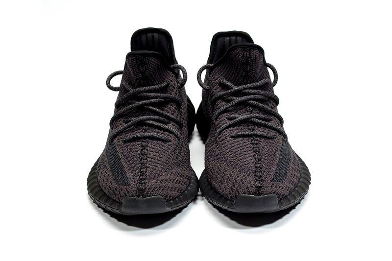 yeezy boost 350 v2 full black