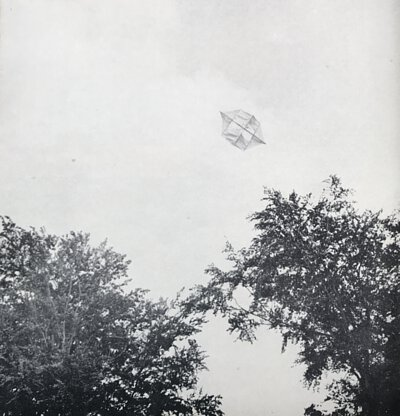 Poul Henningsen, 放飛你的憂傷, kite