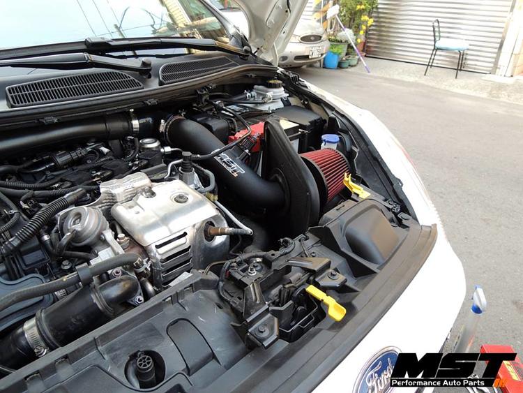 MST Performance Air Filter Intake Kit /& Silicone Hose Fiesta mk7 1.0 Ecoboost