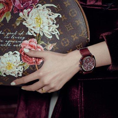 briston,briston錶,周冬雨,周冬雨綠,手錶,禮物,watch,母親節禮物,禮物,李孝利,聖誕節