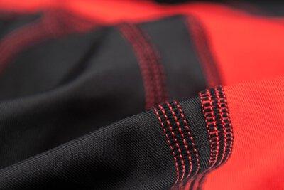司普堤承製客製化的車隊服或機能服飾要求,包括單車衣褲、三鐵衣褲、田徑衣褲、釣魚衣、壓縮衣褲及其他項目開發, 高品質的開發、製作技術,值得信賴。
