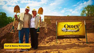 美國品牌 OtterBox,吉祥物是隻名為 Mr.Ollie 的海獺  核心價值理念是有趣、活躍