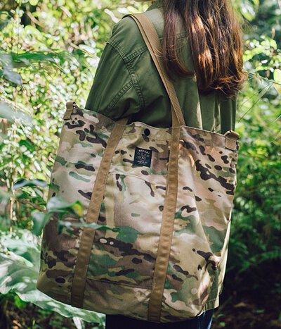 露營 野餐 軍規  迷彩  旅行 多地形迷彩 隨身袋 托特包