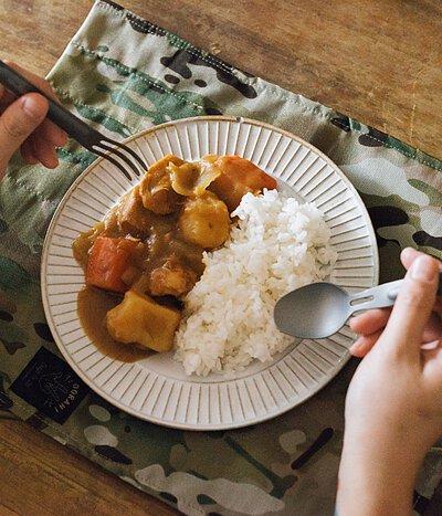 露營 野餐 軍規  迷彩  旅行 多地形迷彩 用餐 餐墊 鈦餐具 Titanium 個人餐具捲袋