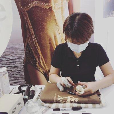 MSA香水雕刻,現場香水刻印,香水刻字,dior香水雕刻,香水瓶雕刻