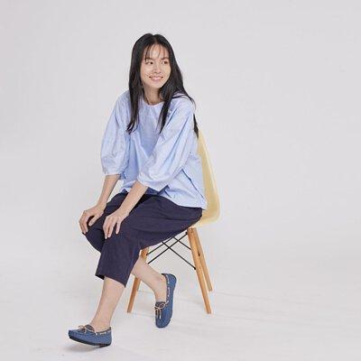 Belle立體剪裁拋袖上衣/小藍格