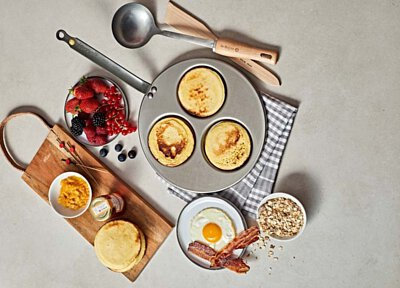 de Buyer #Brunchtime box combines Mineral B 3 pancakes, one ladle and one spatula with recipes