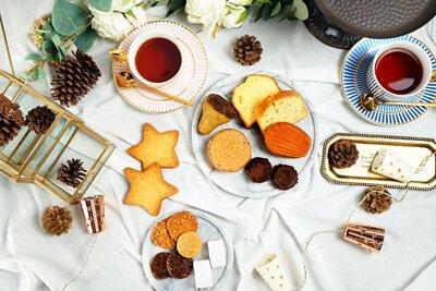 Marry me 童話精緻禮盒,純手工客製化的喜餅禮盒, 帶有台灣本土素材的發想,2018新人法式手工喜餅首選