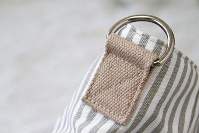 細節 - 精緻的五金配件及堅固的縫紉