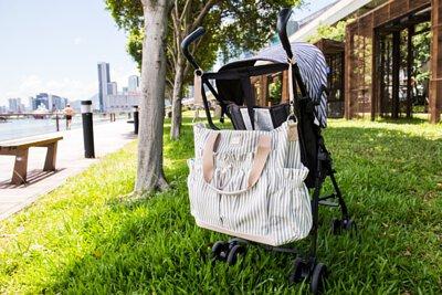 嬰兒車掛帶 情境