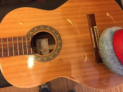 古典吉他保養清潔