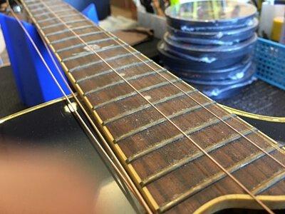 吉他保養Fret清潔