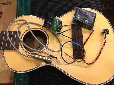 UKAKU C-230安裝Fishman GT2拾音器