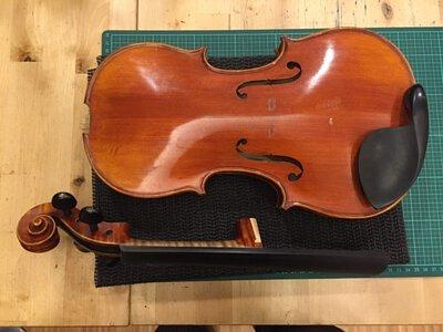 提琴琴頸斷裂修復