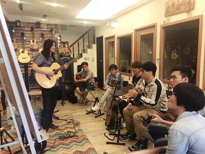 Aj Fender老師的淺談吉他即興講座-活動剪影