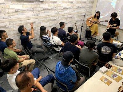 Ayers客製琴與AweSome奧昇T-line技術講座-代言人許綺娟&Aj Fender示範演出