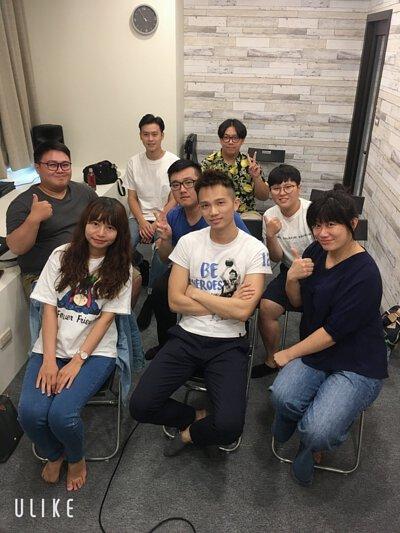 SV科學歌唱創辦人謝富安老師於陸比音樂舉辦歌唱講座大合照