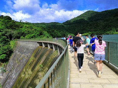 Hiking at the Ho Pui Reservoir 河背水塘遠足