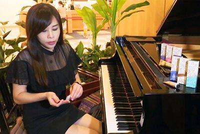 Dana Belle 使用者見證,鋼琴老師
