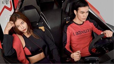 #性能 X 剪裁 X 螢光色系,此次新品,強調透氣散熱、輕量、抗紫外線等機能,透過流線型的剪裁與線條打造俐落感,以黑色搭配上搶眼的螢光色系,儼然就是Aston Martin Valkyrie AMR Pro的服裝版。
