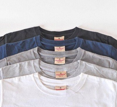 Goodwear T恤材質厚實,素T共推出五種顏色可選擇