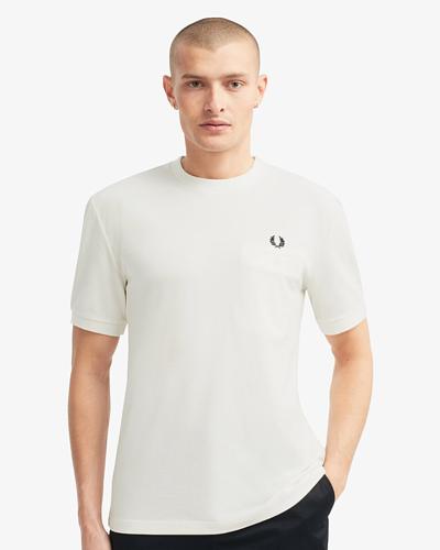 透氣感中磅數素T恤穿搭,素T推薦,fred perry