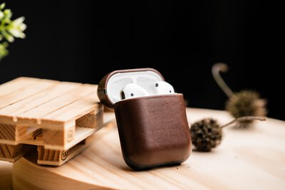 AirPods|NOMAD x HORWEEN|經典皮革保護盒