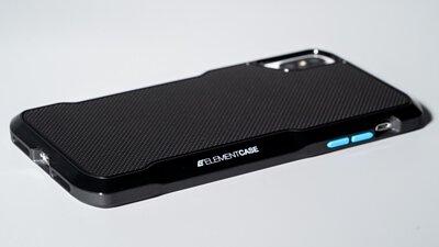 車主們注意啦!融入超跑線條的平價版Element Case Shadow iPhone 手機保護殼來了
