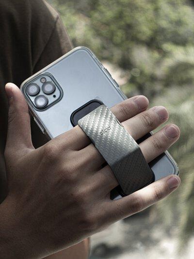 支援你的多角度需求!手持直放橫擺都好用 - clckr 多功能手機支架開箱