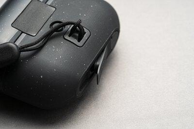 秒懂 IP65 防水!Apple 指定戶外品牌 LANDER 新品開箱 - Arete AirPods Pro 保護殼