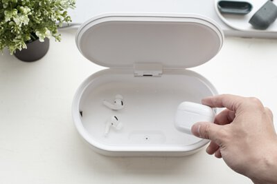 疫情時代人人必備的殺菌神器:開箱 UNIQ LYFRO 紫外線消毒盒