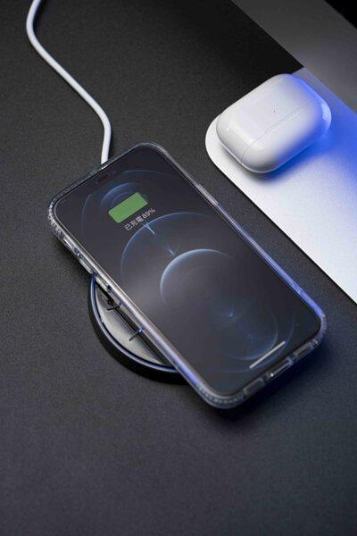 VAP 15W 無線傳檔充電盤充電中