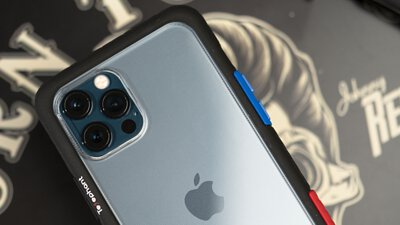 太樂芬iphone12pro手機殼搭配太平洋藍真機