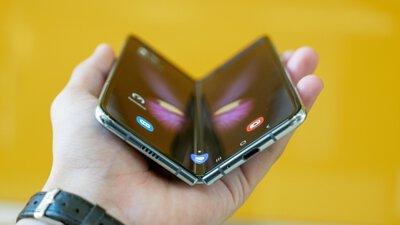 Apple 將在 2 年內推出「可彎曲折疊 iPhone」!?