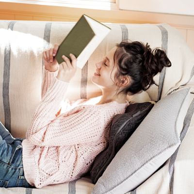 日式按摩抱枕系列,無論是居家、辦公都能幫妳搥搥背。