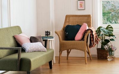 Lourdes最經典產品 按摩抱枕,各種尺寸及款式供您選擇,無論是搭配家居風格或是身體痠痛需求,都可以找到適合自己的按摩抱枕。