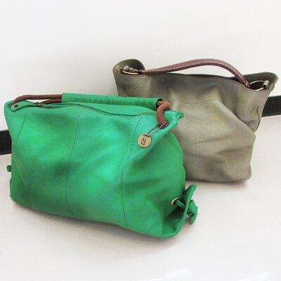 台中市知名手工皮件品牌ea的好用又好看的側背包