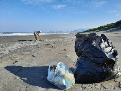 mittag jewelry每年員工旅遊都自辦淨灘活動盡一己之力維護環境