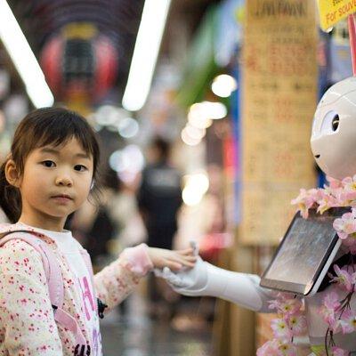 小女孩,機器人