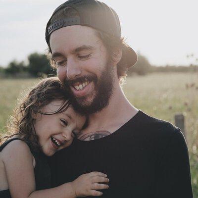 父女,親子,擁抱