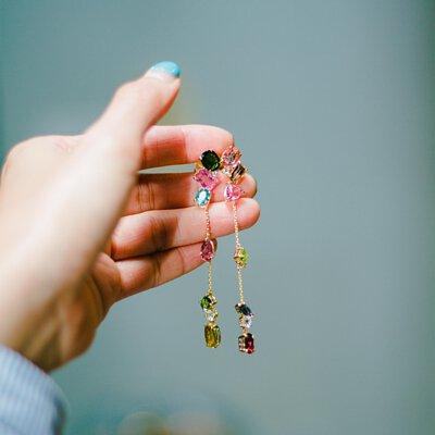 半寶石與寶石都是天然礦物