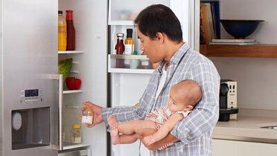 母乳與配方奶: 它們有多相似?