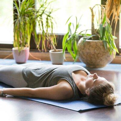 瑜珈,瑜珈放鬆,瑜珈伸展,紓壓,肌肉伸展,上班族壓力大,心靈紓壓,瑜珈冥想