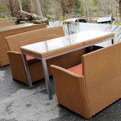 russ-dining-table-c