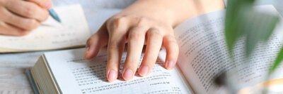 晶荷花精研究院系列文章21在凡人身上看見不凡,是最牛的心靈練習社長Sunny蔡桑妮