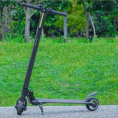 Waymax 的電動滑板車