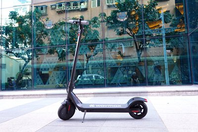 Waymax的X7尊雅電動滑板車