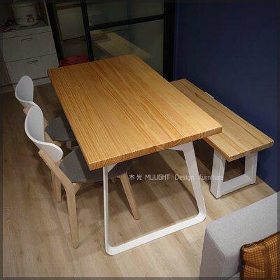 Bianca-北歐造型扁腳實木桌
