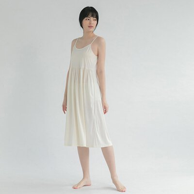 白色襯裙天絲棉內搭洋裝