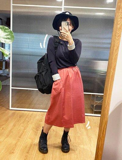 小徑趣遊口袋造型裙-害羞(緋紅)